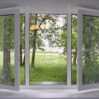 Выбирая окна ПВХ, обратите внимание на комплектующие